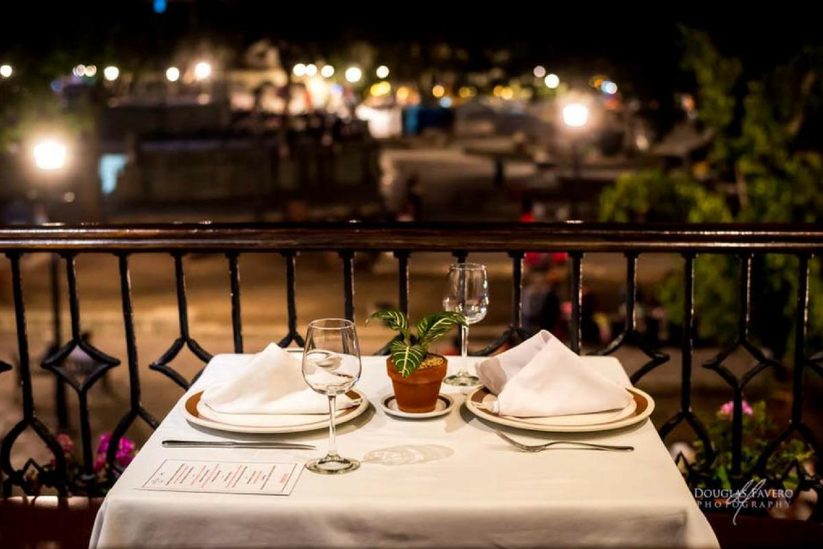 El Asador Vasco In Oaxaca MX DiRoNA Awarded Restaurant - Table for two restaurant