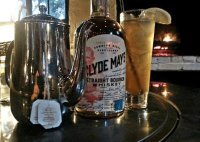 Hyeholde Restaurant in Coraopolis, PA Cocktails DiRoNA Awarded Restaurant