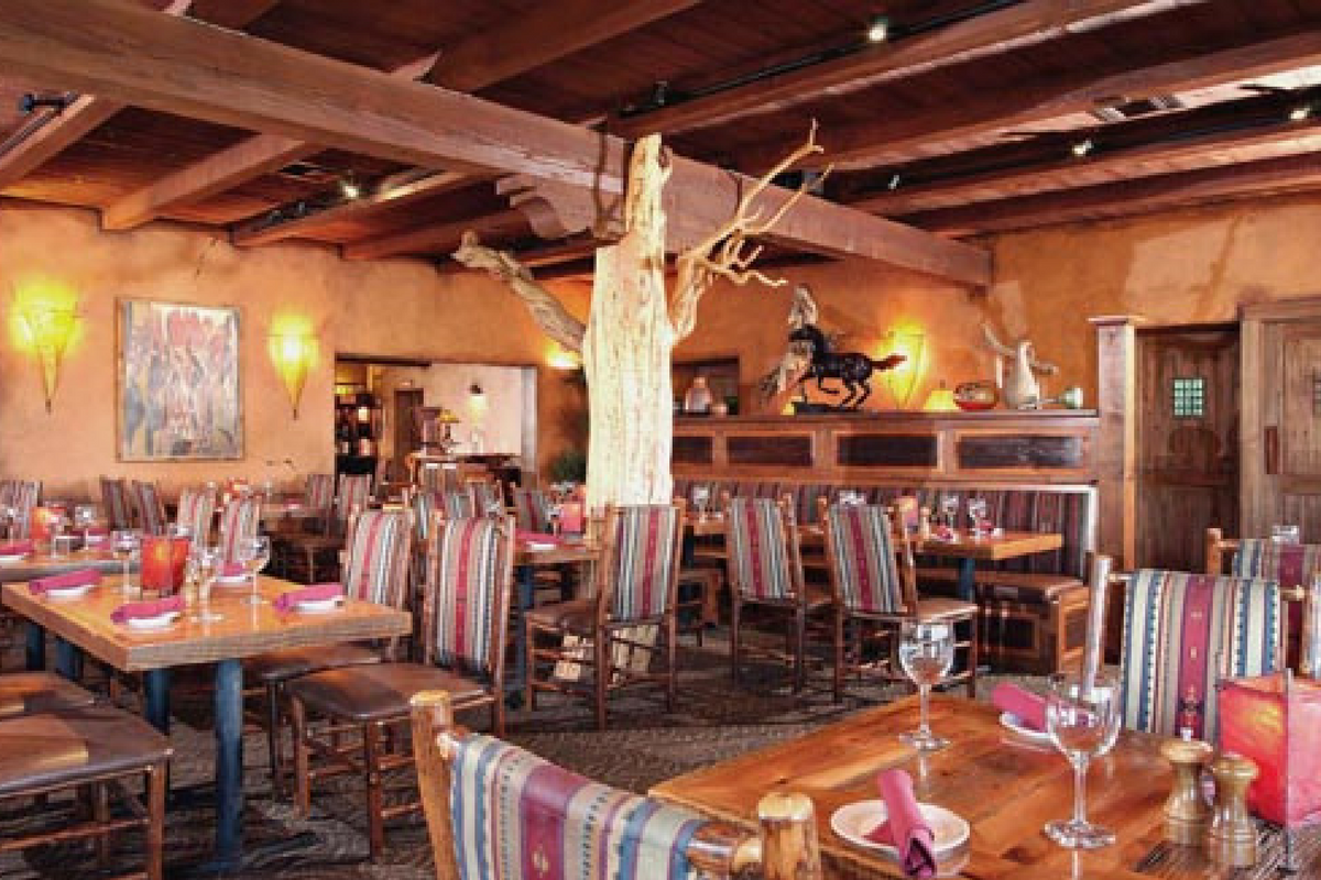 Tonto S Bar Grill In Cave Creek Az Dining Room Dirona Awarded Restaurant