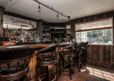 The Milton Inn Restaurant in Sparks Glencoe, MD Bar DiRoNA Awarded Restaurant
